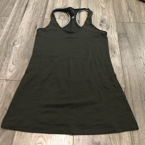Lululemon Cool Racerback in Dark Green Size 6